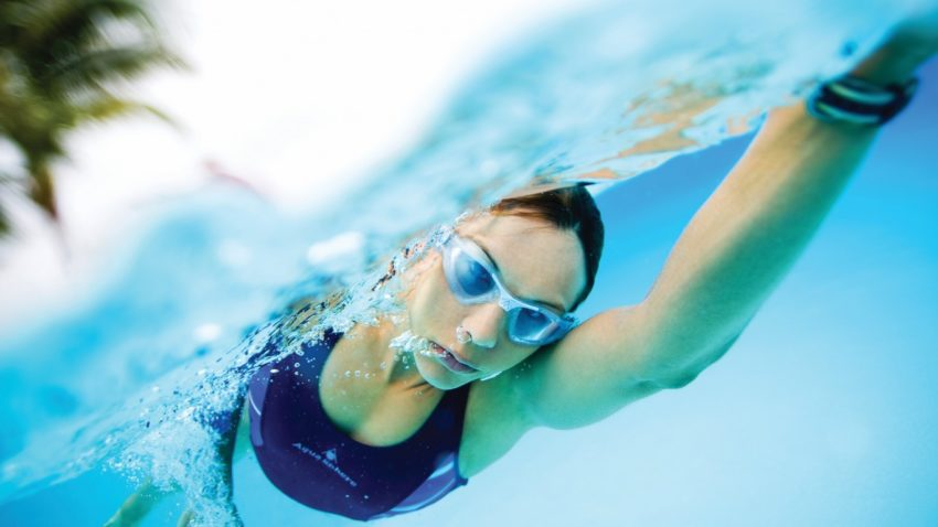 польза плавания